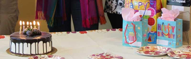 http://iadbfamilyassociation.org/iadbfa/wp-content/uploads/2014/08/ACTIVIDADES-DETALLE-cafe-festejo-cumple.jpg