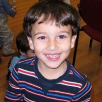 http://iadbfamilyassociation.org/iadbfa/wp-content/uploads/2014/08/ACTIVIDADES-juegos-nene-sonriendo.jpg